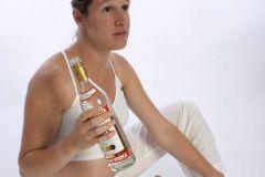 Ученые считают, что будущим мама вообще нельзя пить ни капли спиртного