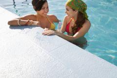 Вода в бассейнах содержит массу опасных для здоровья бактерий