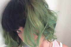 Краски для волос увеличивают уровень тестостерона в крови женщин