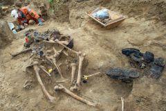 500 останков нашли под Новгородом