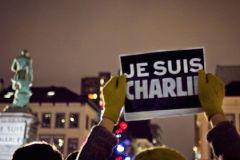 Террористы, которые напали на редакцию журнала Charlie Hebdo, являются гражданами Франции алжирского происхождения