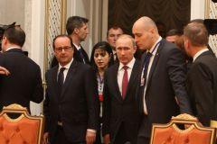 Путин и Олланд обсудят выплату неустойки за авианосцы