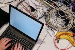 Хакеры из Ленинградской области были пойманы с поличным в центре Москвы