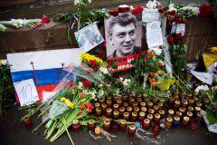 Песков заявил, что СМИ не знают о реакции Путина на убийство Немцова