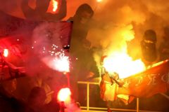 Фанатам-хулиганам запретят посещать матчи на протяжении 7 лет