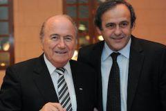 Президент ФИФА Йозеф Блаттер и глава УЕФА Мишель Платини