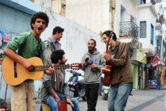 Кроме уличных музыкантов, уже успешно запрещают и многое другое