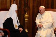 Папа Римский и Патриарх Кирилл во время встречи на Кубе
