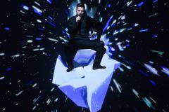 Сергей Лазарев во время выступления на Евровидении-2016