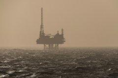 Сокращение добычи нефти может выйти России боком