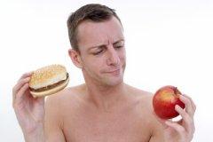 Спорт и диеты с низким количеством углеводов не помогут похудеть