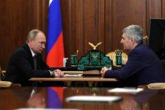Владимир Путин назначает Артура Парфенчикова главой Карелии