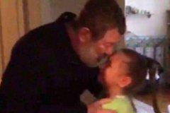 Вячеслав Мальцев с дочерью во время задержания