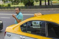 Услугами столичных таксистов в день пользуются порядка 715 тысяч пассажиров