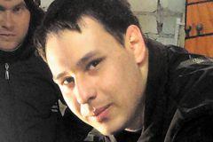 Александр Нигматуллин вытащил человека из горящей машины