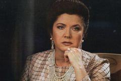 Вера Сотникова в образе Людмилы Зыкиной