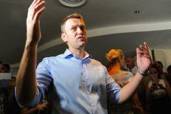 Навальному выгодна эскалация скандала?