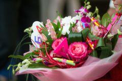 В рамках акции «Дети вместо цветов» родителям предлагают пожертвовать сумму, равную сумме букета на 1 сентября