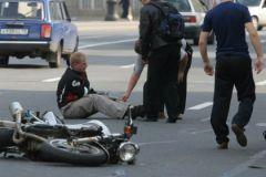 Байкеру оторвало ноги в страшной аварии на Кутузовском проспекте на западе Москвы