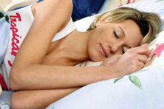 Жертвы острой бессонницы смогли улучшить качество сна благодаря часовой терапии