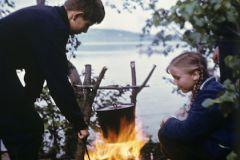 Родители, по словам педагога Марианны Вронской, должны неустанно заниматься детьми