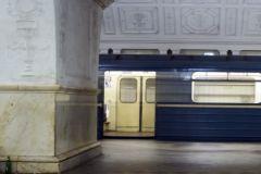 29 апреля в московском метро пассажира зажало дверями поезда