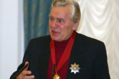 Прощание с Виктором Коршуновым состоится 21 апреля в Малом театре