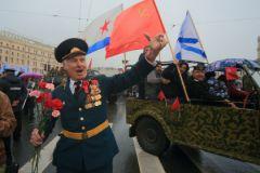 Дмитрий Быков: На Дне Победы построена вся национальная мифология, все консенсусы внутри страны
