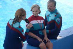 """""""Дельфин, если не хочет везти человека, сбрасывает его и уходит под воду"""""""