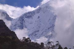 Российские альпинисты последний раз выходили на связь в четверг, 23 апреля