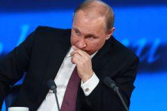 Россия оказалась на краю пропасти из-за авантюристической политики президента Владимира Путина