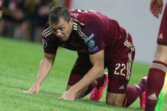 Голы Артема Дзюбы второй раз подряд приносят победу сборной России