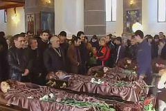 Похороны убитой в Гюмри семьи