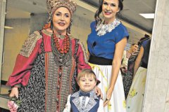 Надежда Бабкина и Эвелина Бледанс с сыном