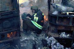 Президент Украины Петр Порошенко считает, что обстрел пассажирского автобуса и недавний теракт в Париже имеют много общего