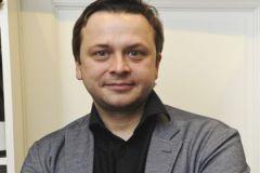 Телеведущий Илья Казаков