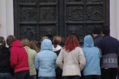 В интересах туристического бизнеса привлекать туристов из России