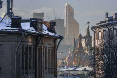 В праздничные дни Москва оказалась в зоне атмосферных фронтов