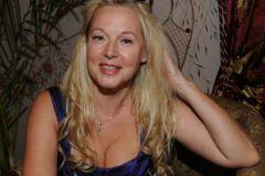 Елена Кондулайнен: Я была очень несчастна и хотела расстаться с жизнью, плакала