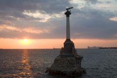 Памятник адмиралу Нахимову в Севастополье