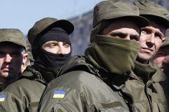 По словам представителя ДНР, бои ведутся в отдельных районах «с небольшими промежутками»
