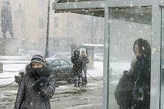 В конце относительно теплого марта на Россию обрушился шквалистый ветер и мокрый снег