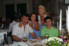 Борис Немцов и журналистка Екатерина Одинцова. У Немцова – 2-е детей от этого гражданского брака (на фото)