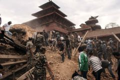 По заявлению замглавы МЧС Владимира Степанова, погибших и пострадавших в результате землетрясения в Непале среди россиян нет
