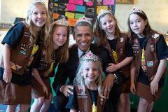 Барак Обама нарушил собственное правило не носить ничего на голове, пока он руководит государством