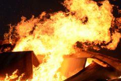 Случайный прохожий вытащил сапожника из горящей обувной мастерской