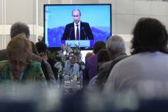 """Многие хотят просто сказать Путину спасибо за все и """"храни вас Бог"""""""