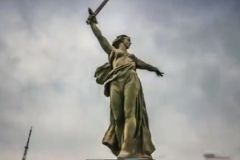 """Скульптура """"Родина-мать зовет!"""" в Волгограде"""