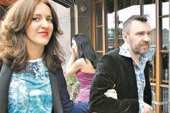 Сергей Шнуров с супругой Матильдой Мозговой