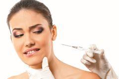 Опасаясь старения, многие женщины неоднократно ложатся под нож хирурга